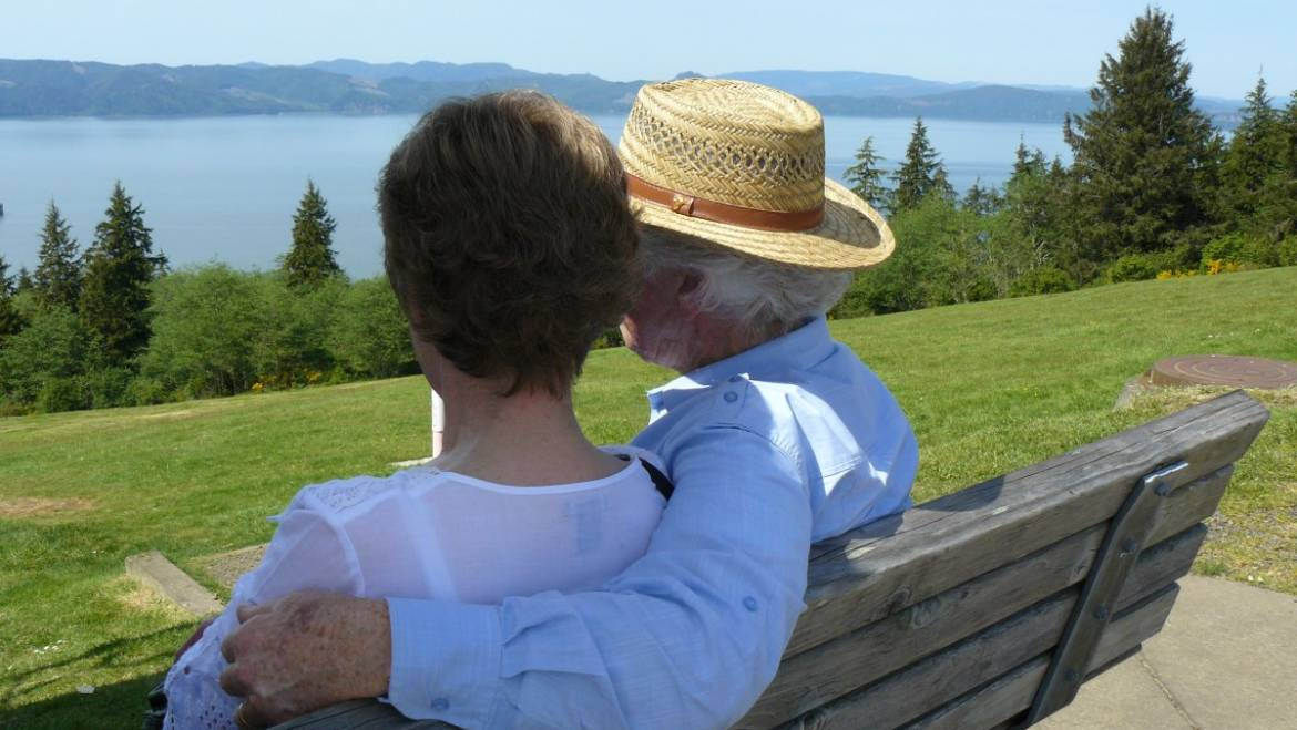 ORGANIZING AND SIMPLIFYING FINANCIAL TASKS FOR AGING PARENT