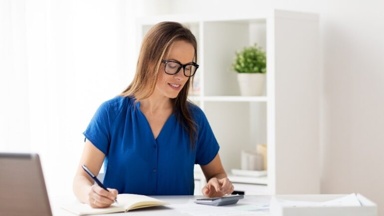 5 Ways Women Can Boost Their Financial Confidence and Security